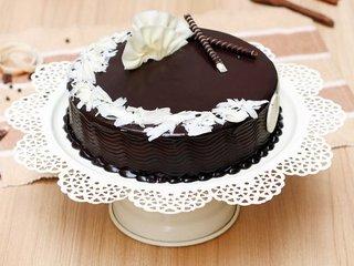 Extravagant Truffle Cake