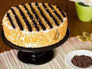 Chocolate Butterscotch Cake in Noida
