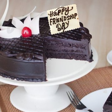 https://media.bakingo.com/sites/default/files/styles/product_image/public/chocolate-passion-friendship-day-cake-B.jpg?tr=h-360,w-360