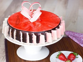 Choco Strawberry Cake For A Get Together