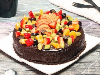 Chocolate Truffle Fruit Cake in Delhi