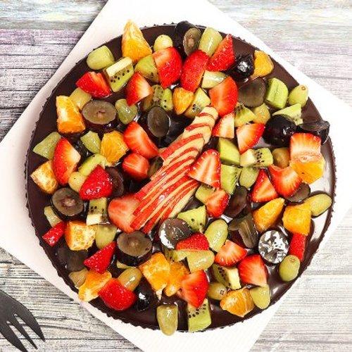 https://media.bakingo.com/sites/default/files/styles/product_image/public/chocolate-truffle-fruit-cake-cake1527chfr-B.jpg?tr=h-500,w-500