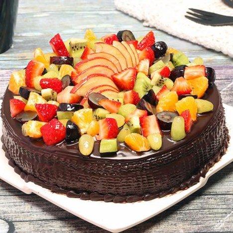 Chocolate Truffle Fruit Cake in Noida