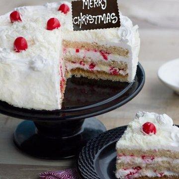 https://media.bakingo.com/sites/default/files/styles/product_image/public/christmas-euphoria-B-cake0220whit.jpg?tr=h-360,w-360