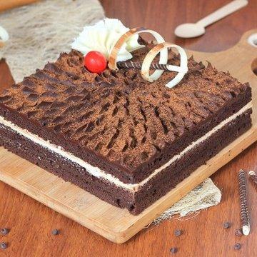https://media.bakingo.com/sites/default/files/styles/product_image/public/coffee-chocolate-cake-in-delhi-cake0873flav-a.jpg?tr=h-360,w-360