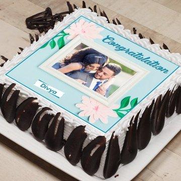 https://media.bakingo.com/sites/default/files/styles/product_image/public/congratulations-photo-cake-phot1335flav-C.jpg?tr=h-360,w-360