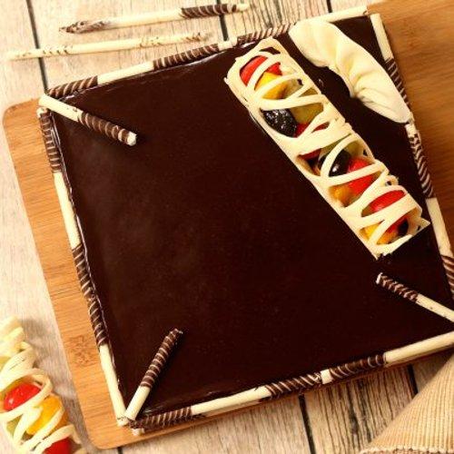 https://media.bakingo.com/sites/default/files/styles/product_image/public/couverture-chocolate-square-cake-cake1552choc-B.jpg?tr=h-500,w-500