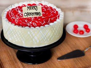 Royal Cherry Christmas Cake