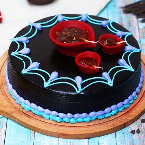 https://media.bakingo.com/sites/default/files/styles/product_image/public/diwali-choco-truffle-cake-cake944choc-A.jpg?tr=h-500,w-500