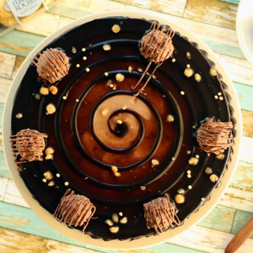https://media.bakingo.com/sites/default/files/styles/product_image/public/ferrero-rocher-choco-cake-cake1276choc-B.jpg?tr=h-500,w-500