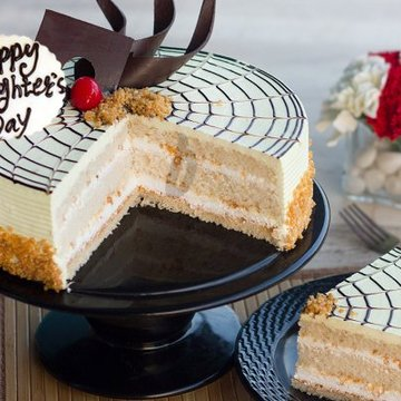 https://media.bakingo.com/sites/default/files/styles/product_image/public/happy-daughters-day-butterscotch-cake-cake885butt-B.jpg?tr=h-360,w-360