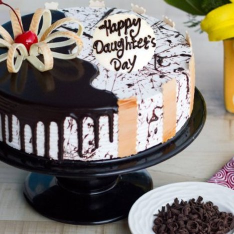 Drizzling Daughter Cake