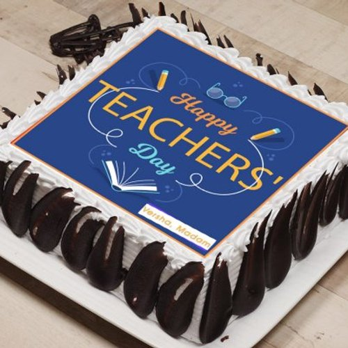 https://media.bakingo.com/sites/default/files/styles/product_image/public/happy-teachers-day-poster-cake-phot1586flav-A.jpg?tr=h-500,w-500