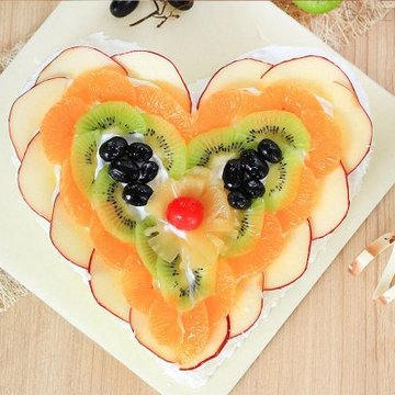 https://media.bakingo.com/sites/default/files/styles/product_image/public/heart-shaped-fruit-cake-2-in-ghaziabad-cake0955flav-b.jpg?tr=h-360,w-360