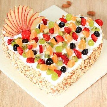 https://media.bakingo.com/sites/default/files/styles/product_image/public/heart-shaped-fruit-cake-3-cake0742frui-A_0.jpg?tr=h-360,w-360
