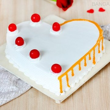 https://media.bakingo.com/sites/default/files/styles/product_image/public/heart-shaped-vanilla-cake-2-in-bangalore-cake1036flav-a.jpg?tr=h-360,w-360