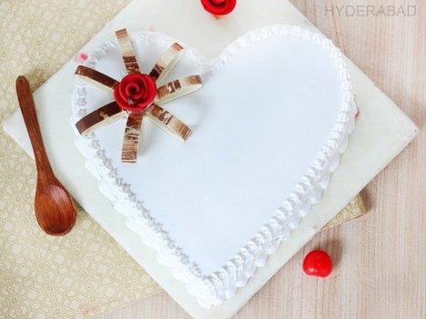 Vanilla Innocence - Heart Shaped Vanilla Cake in Hyderabad