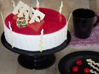 Karwa Chauth Blueberry Cake