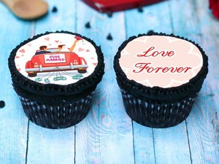 Love Forever Cupcakes