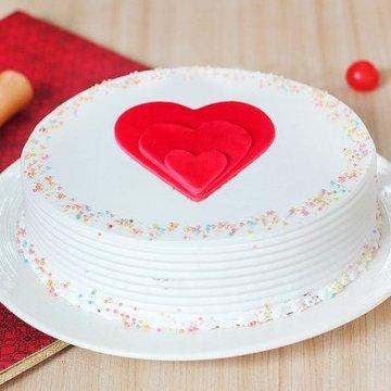 https://media.bakingo.com/sites/default/files/styles/product_image/public/love-happiness-cake0369vani-310118-A.jpg?tr=h-360,w-360