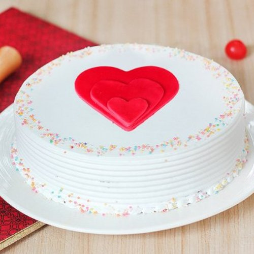 https://media.bakingo.com/sites/default/files/styles/product_image/public/love-happiness-cake0369vani-310118-A.jpg?tr=h-500,w-500