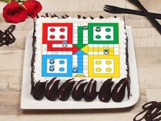 Square-shaped Ludo poster cake