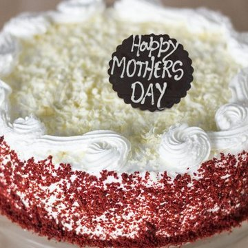 https://media.bakingo.com/sites/default/files/styles/product_image/public/moms-royal-poise-a-mothers-day-special-cake-C.jpg?tr=h-360,w-360