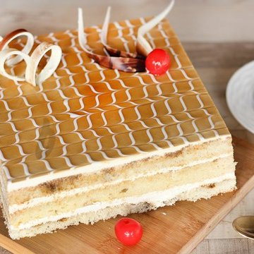 https://media.bakingo.com/sites/default/files/styles/product_image/public/opera-cake-A.jpg?tr=h-360,w-360