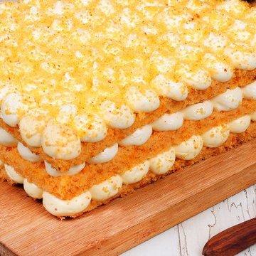https://media.bakingo.com/sites/default/files/styles/product_image/public/orange-bubble-rectangle-cake-cake0730oran-C.jpg?tr=h-360,w-360