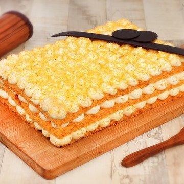 https://media.bakingo.com/sites/default/files/styles/product_image/public/orange-bubble-rectangle-cake-in-noida-cake1120flav-a.jpg?tr=h-360,w-360