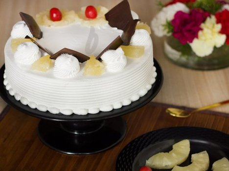 Pineapple Cake Delivery in Gurgaon