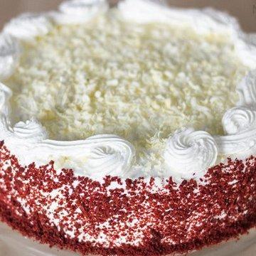 https://media.bakingo.com/sites/default/files/styles/product_image/public/red-velvet-cake-in-noida-cake1080flav-c.jpg?tr=h-360,w-360