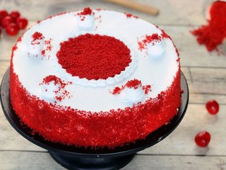 Classy Red Velvet Cake in Hyderabad