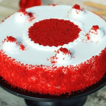 https://media.bakingo.com/sites/default/files/styles/product_image/public/red-velvet-flavored-cake-cake1257redv-B.jpg?tr=h-360,w-360