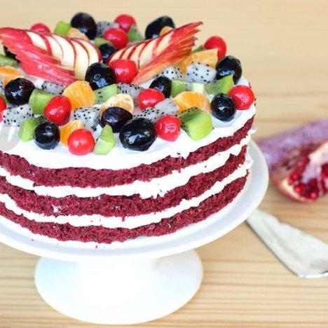 Red Velvet Fruit Cake