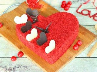 Hearty Velvet Love Cake in Bangalore