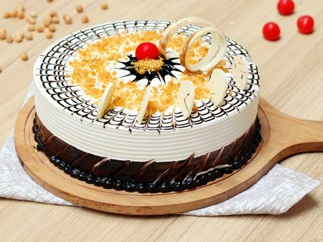 Round Shaped Butterscotch Cake in Gurgaon