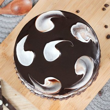 https://media.bakingo.com/sites/default/files/styles/product_image/public/round-shaped-chocolate-cake-4-cake1507choc-B.jpg?tr=h-360,w-360