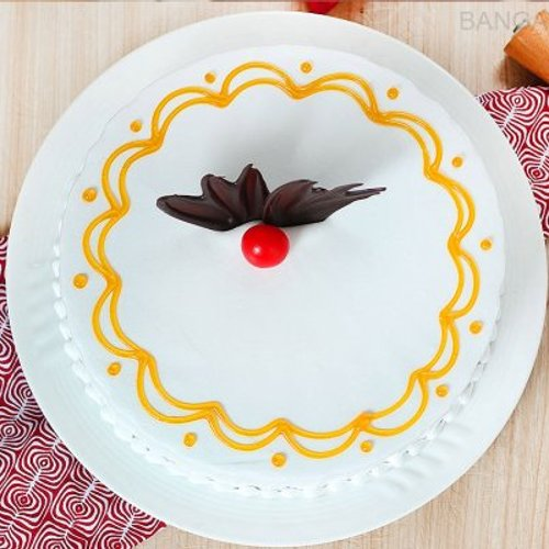 https://media.bakingo.com/sites/default/files/styles/product_image/public/round-shaped-vanilla-cake-1-in-bangalore-cake1048flav-b.jpg?tr=h-500,w-500
