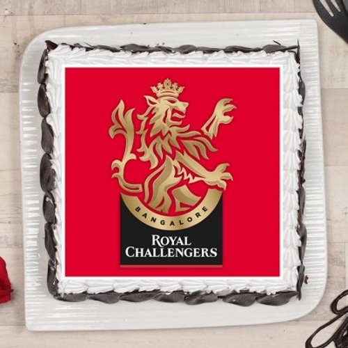https://media.bakingo.com/sites/default/files/styles/product_image/public/royal-challengers-bangalore-poster-cake-phot1601flav-C.jpg?tr=h-500,w-500