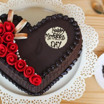 https://media.bakingo.com/sites/default/files/styles/product_image/public/sheer-brilliance-a-mothers-day-special-cake-A.jpg?tr=h-360,w-360