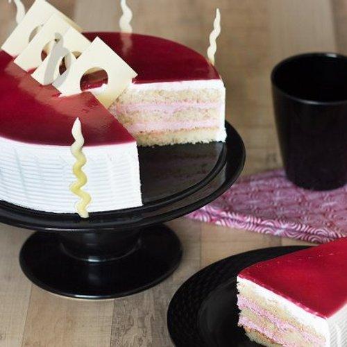 https://media.bakingo.com/sites/default/files/styles/product_image/public/sliced-view-of-blueberry-cake-in-delhi-cake0744flav-b.jpg?tr=h-500,w-500
