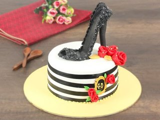 Sterling Stiletto - Stilleto Themed Fondant Cake