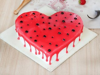 A Delicious Heart Shaped Strawberry Cake