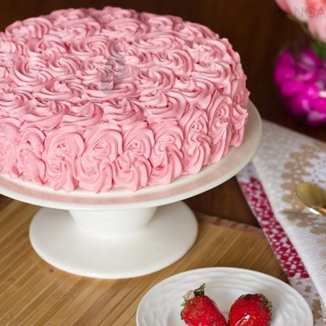 Strawberry Rose Cake in Bangalore