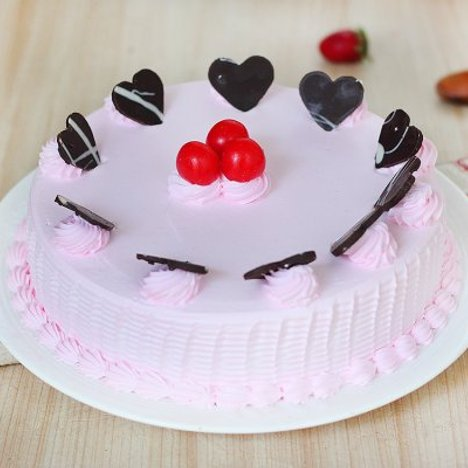 Mouth Watering Strawberry Cake