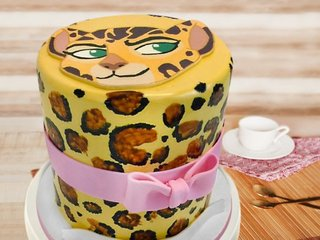 Tigress fondant cake for girls