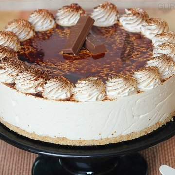 https://media.bakingo.com/sites/default/files/styles/product_image/public/tiramisu-cheese-cake-in-gurgaon-cake0940flav-c.jpg?tr=h-360,w-360