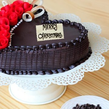 https://media.bakingo.com/sites/default/files/styles/product_image/public/undying-christmas-echos-B-cake0234hcht.jpg?tr=h-360,w-360