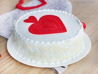 Vanilla Fondant Heart Cake Delivery in Bangalore